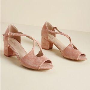 Cute Light Pink Heel Shoes